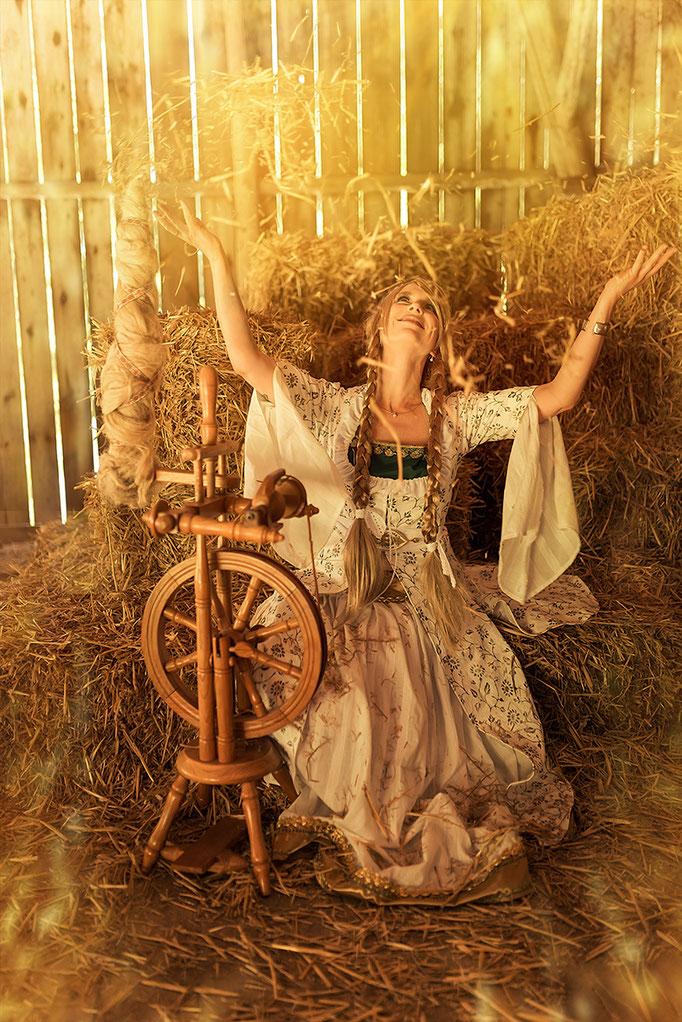 Prinsessin aus Rumpelstielzchen - inszenierte Fotografie