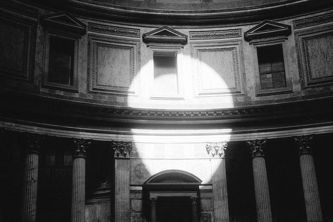 Pantheon 2, 1993, 50 x 75cm