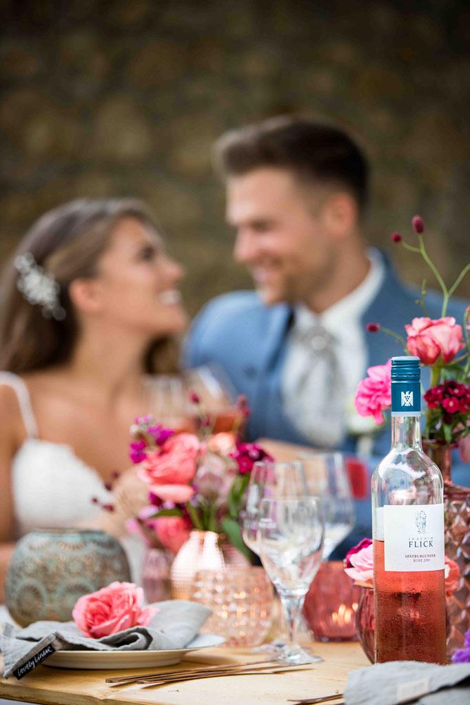 Hochzeitslocation: Joachim Flick Weingut, Straßenmühle, 65439 Flörsheim, Hochzeitsfotograf, Hochzeitsbilder, Wein auf dem Weingut Flick in Flörsheim