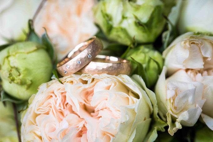 Hochzeitslocation: Joachim Flick Weingut, Straßenmühle, 65439 Flörsheim, Hochzeitsfotograf, Hochzeitsbilder, Hochzeitsringe Hochheim am Main, Flörsheim, Hochzeitsfotografin