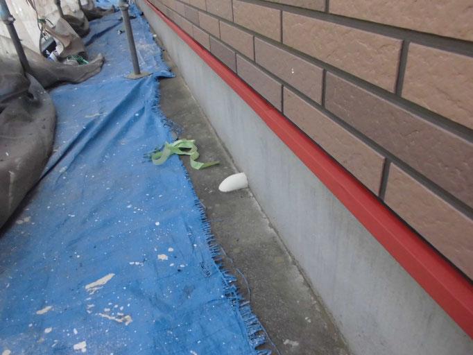 水切鉄板/下地処理、錆止め、主材中塗り塗装
