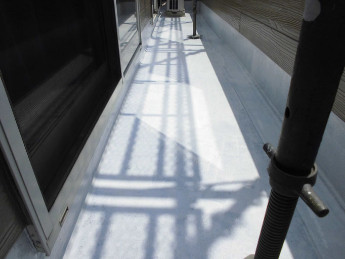 施工中/高圧洗浄、下地処理、下塗り塗装