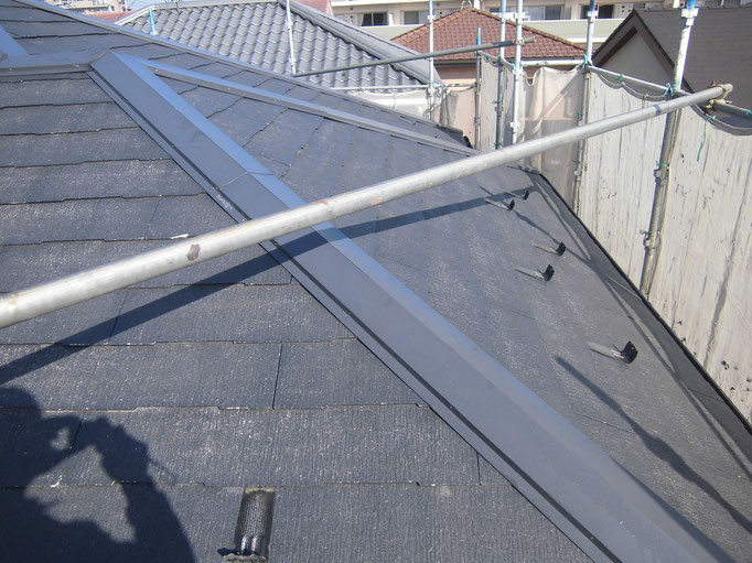 屋根/高圧洗浄、下地処理、下塗り塗装