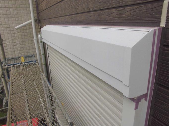 シャッターBOX/高圧洗浄、ケレン、下地処理、錆止め塗装、主材中塗り塗装