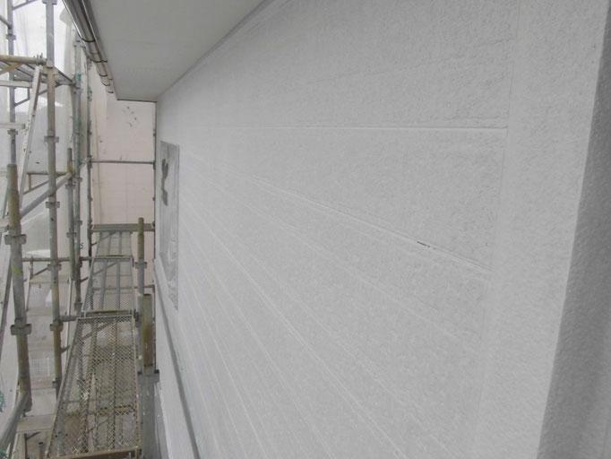 高圧洗浄、下地処理、下塗り塗装