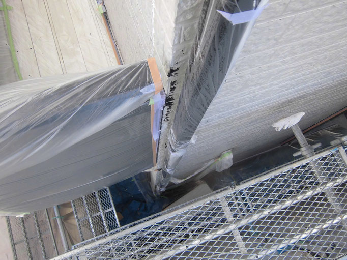 竪雨樋/高圧洗浄、下地処理、主材中塗り