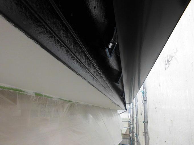 破風板/下地処理、主材中塗り塗装