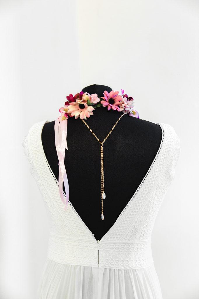 Handgemachte Rückenketten für Brautkleider mit zauberhaften Rückenausschnitten