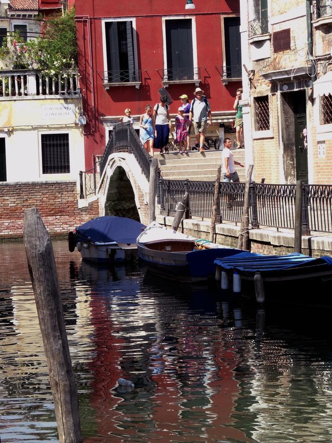 garage de bateaux, canal, Venise, Italie