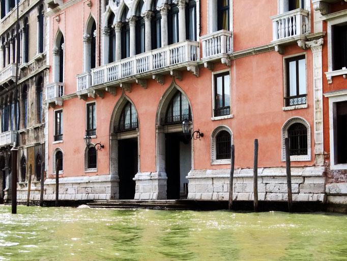 Hôtel qui a servi au tournage du film THE TOURIST dans lequel ont joué Angelina Jolie et Johnny Depp