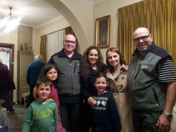 The Twins with Pari, Stella & the children