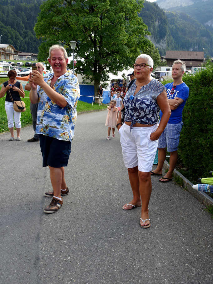 Überrasschungsgäste aus Genf: Patrick und Eliane Hulliger