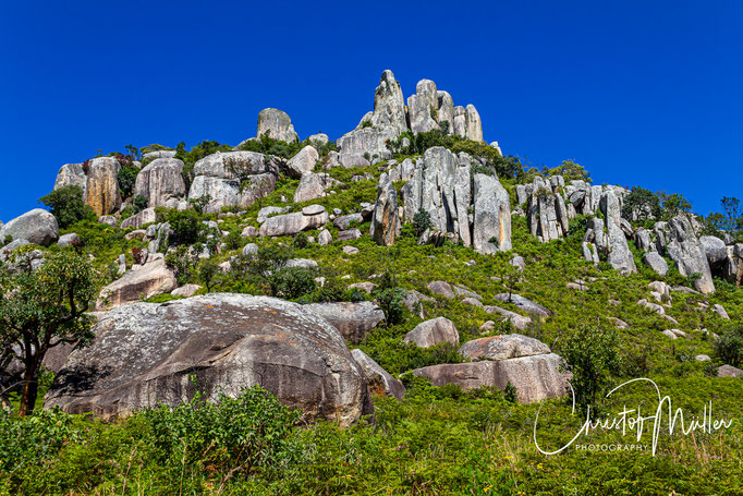 Granit Rocks and balancing Stones on the way between Harare and Mutare