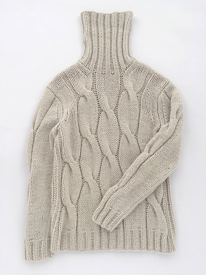 Cable knit Sweater - 70 % extra fine Lamb´s Wool 30 % Cashmere / Zopfmuster-Pullover