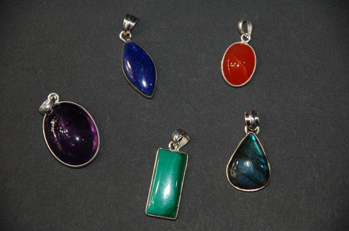 Améthyste - Lapis Lazuli - Cornaline - Malachite - Labradorite
