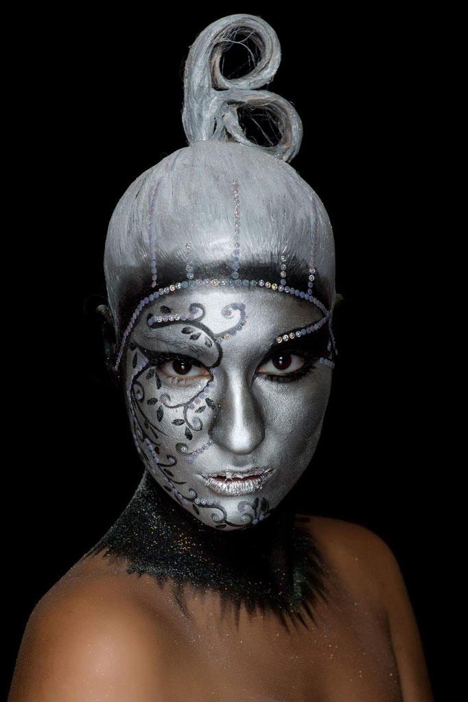 curso de maquillaje profesional Zaragoza, maquilladora profesional Zaragoza, formación en maquillaje Zaragoza, estudiar maquillaje Zaragoza, academia de maquillaje Zaragoza, escuela de maquillaje Zaragoza, maquillador profesional Zaragoza