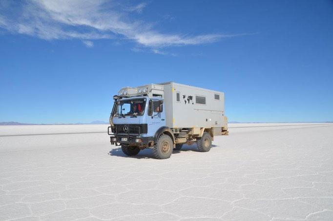 Auf dem Salar de Uyuni in Bolivien