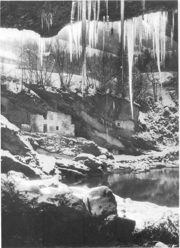 Höhlen-Wohnungen Nähe Ennsbrücke
