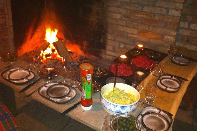 BBQ Abend im Kaminkeller
