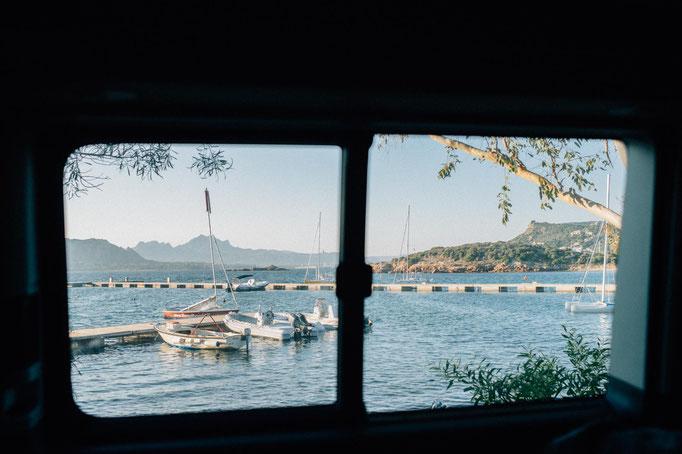Morgendliche Aussicht direkt aus unserem Camper