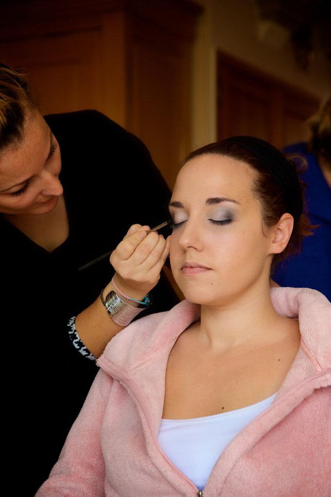 Coiffure et maquillage mariée.Mise en beauté de la mariée, beauté événementielle L'Instant Beauté de Noé