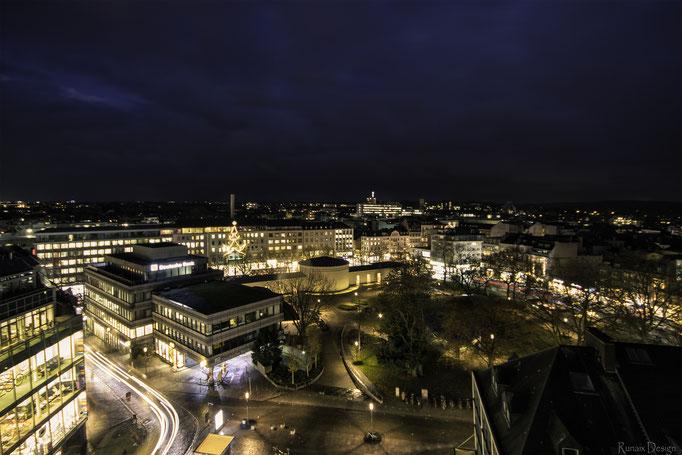 Aachen Elisenbrunnen bei Nacht.