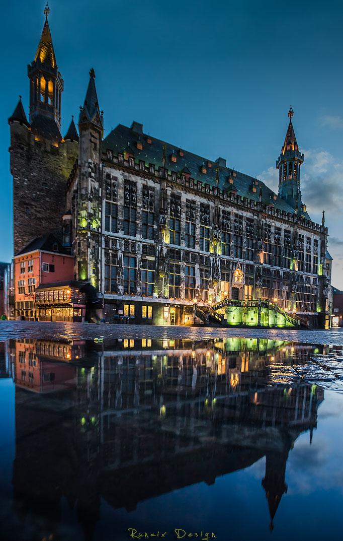 Rathaus nach dem Regen