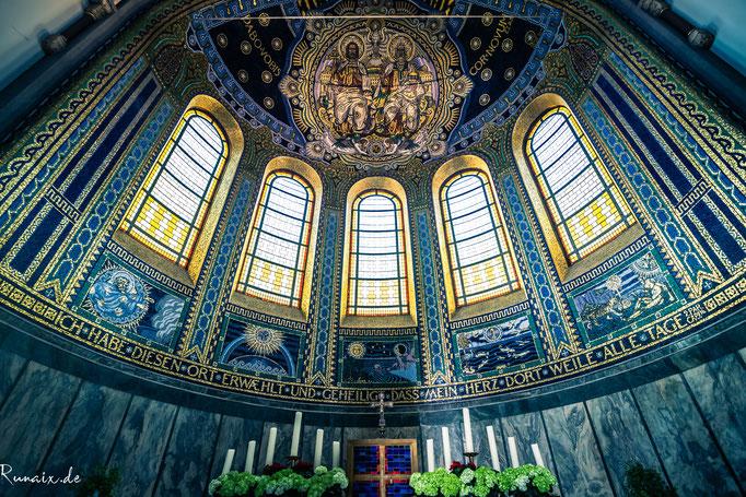 #97 Innenansicht der Kirche Herz-Jesu im Frankenberger Viertel