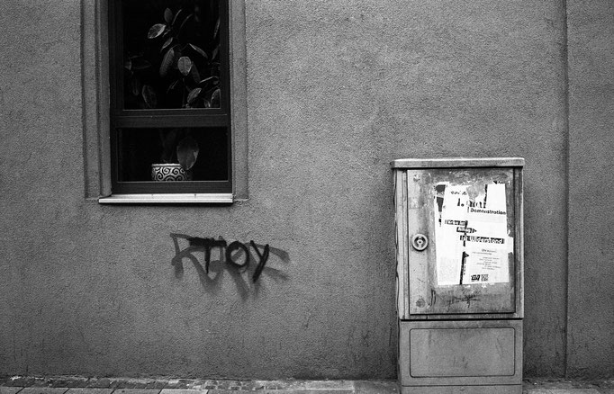 """TOY"" - Nuremberg streets - captured with the beatiful Leica M6"