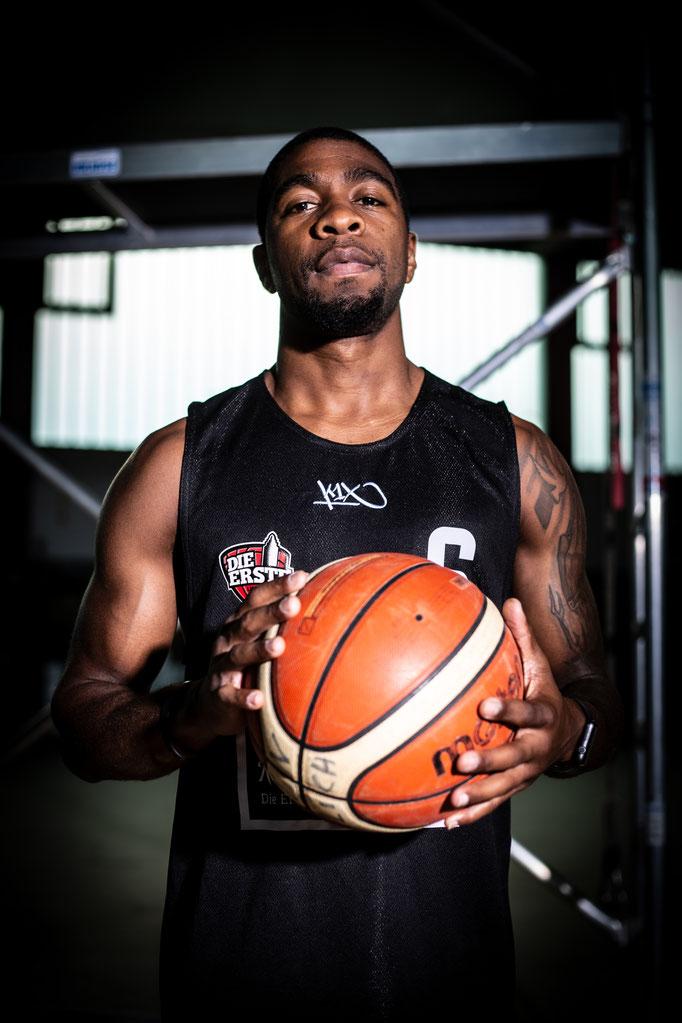 Jermale Jones/19.11.1986/Basketballspieler