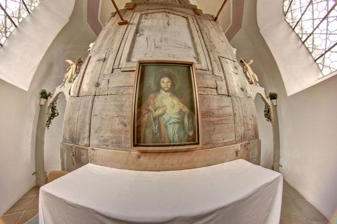 Regen Heilig Geist Kirche Altar Rückseite