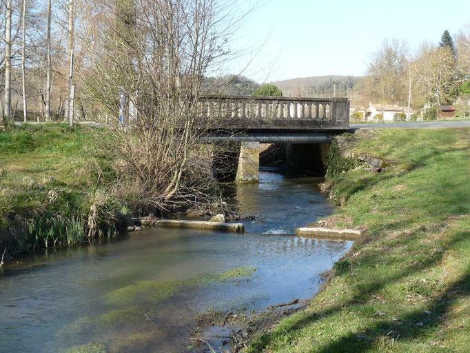 Pont de Laussine, station du Couzeau