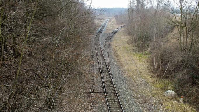 Blick von der S242 in das Gleisdreieck