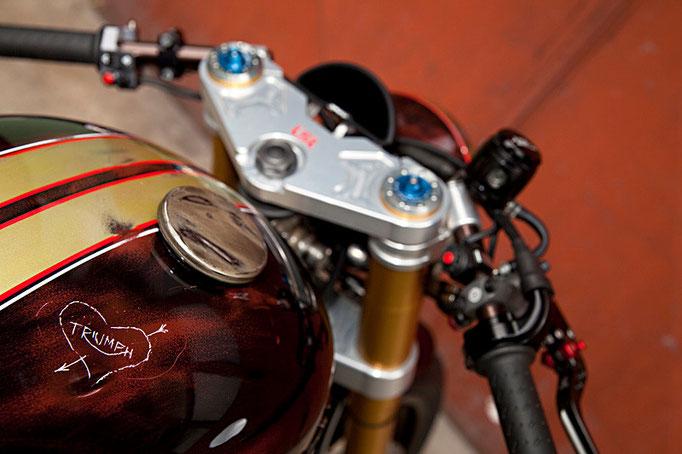 Triumph Bonneville Cafe Racer - Tridays Eleven