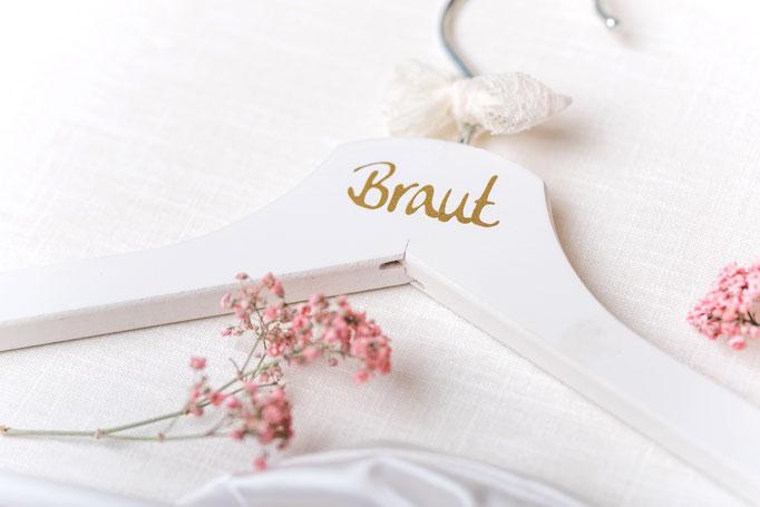 Kleiderbügel Braut mit Schriftfarbe:gold/schwarz/rosa