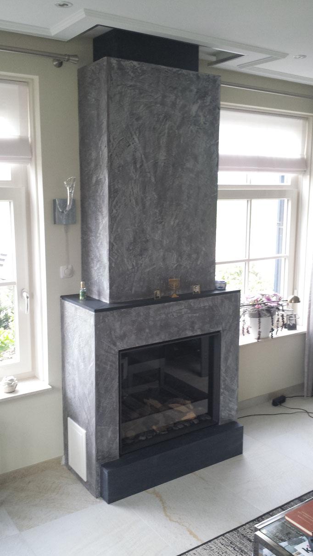 Stucco pompeij zwart met sterling zilveren wax