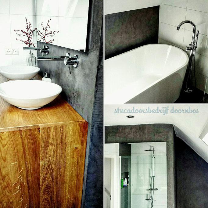 Badkamer combinatie van tegels en beal mortex