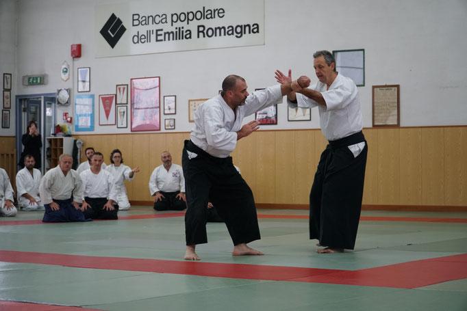 Alberto Boglio Shihan dimostra un kaitennage henka waza