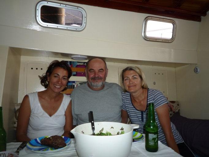 Cena con Marius y Catalina, los reporteros rumanos superstar