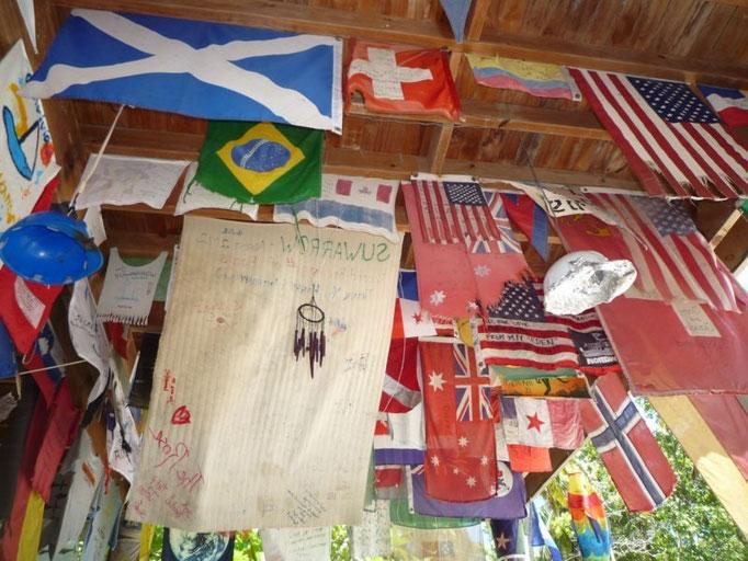 Banderas de trasmundistas