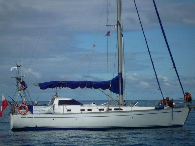 El barco amigo Ulysses, los chicos intentan reparar el molinete
