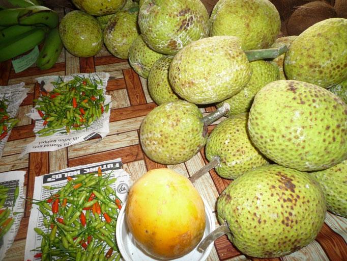 Fruto del pan en el Mercado de Savusavu