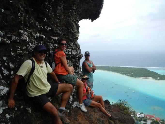 Jose vuelve a subir al pico con Karin, Russell, David y kathy