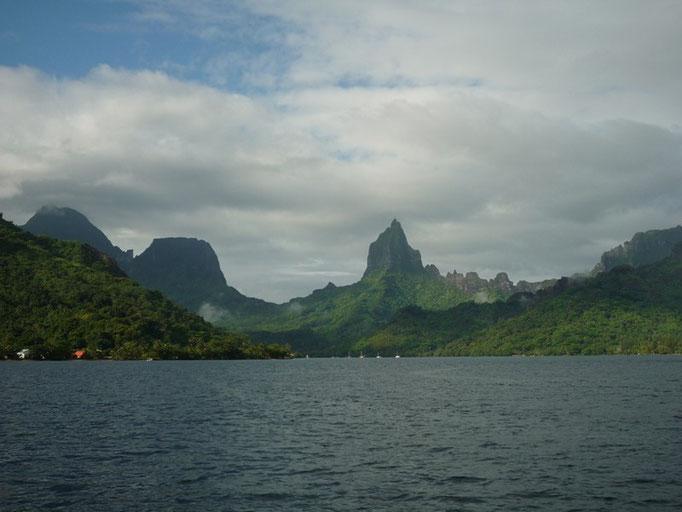 Gran bahía de Opunohu