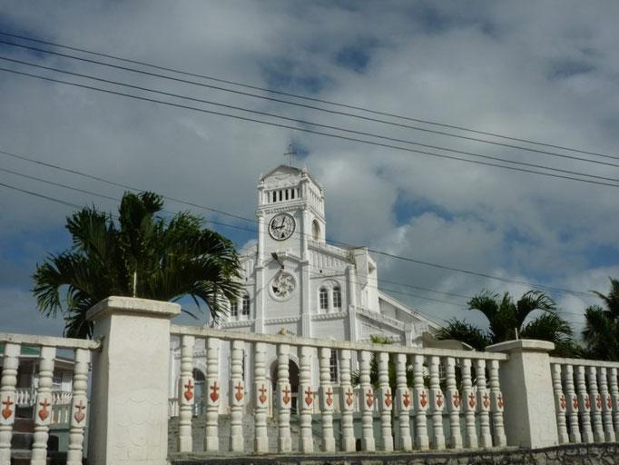 Una de las tantas iglesias