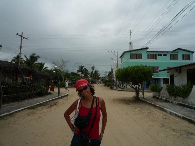 Calle principal de Puerto Villamil