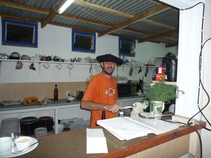 Papo, el propietario de la Taberna en Neiafu
