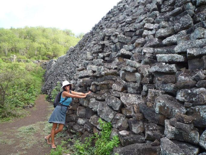 El muro de las lágrimas construido por los presos