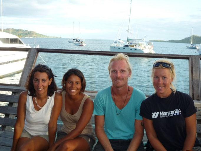 happy Hour con Zule, Henryd y Christine