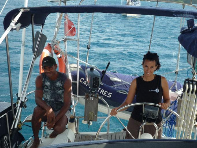Tuta, un nuevo amigo, pasa un par de días con nosotros en el barco